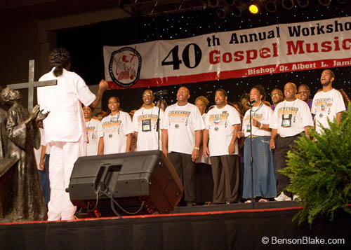 Tribute to the King - James Cleveland Chorus