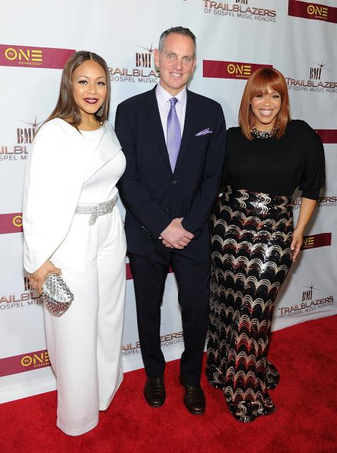 BMI President & CEO, Mike O'Neill greets 2016 BMI Trailblazers of Gospel Music Honorees, Mary Mary