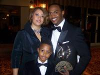 3-time Stellar Award Winner Jonathan Nelson and family