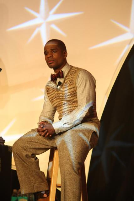 Event co-host Kirk Franklin is visibly moved during Lalah Hathaway's performance at the BMI Trailblazers of Gospel gala