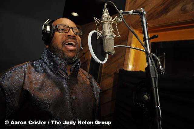 Marvin Sapp at the mic