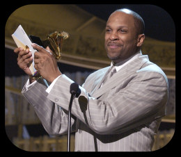 Donnie McClurkin accepting his Grammy Award
