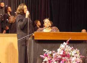 Twinkie Clark with sister Karen