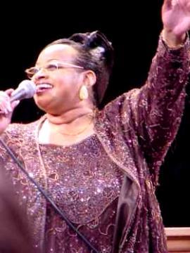 Twinkie Clark in Concert